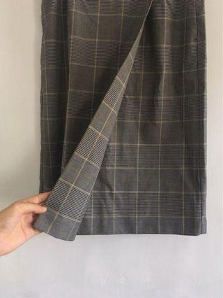 Uniqlo格紋裙  原800元🔥