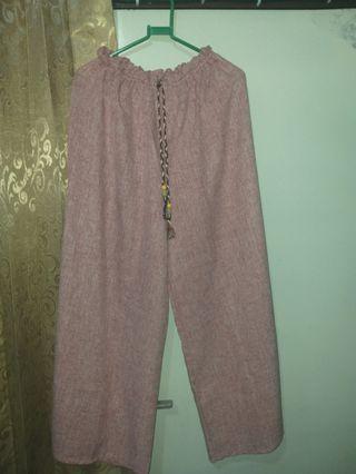 Celana Kulot warna merah jambu