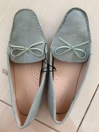 Sepatu VNC wanita size 41