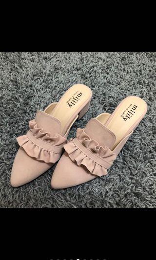 荷葉邊穆勒鞋