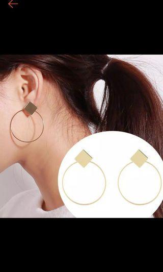 Diamond Hoop Earrings (anting hoop)