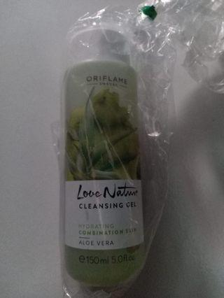 Love nature cleansing gel