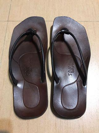 台南SDN手工皮革涼鞋-非常新!