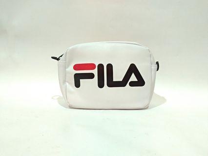 FILA 白色小背包