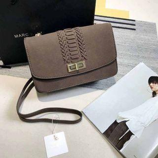 SLING BAG NEW LOOK BENSON  Jual Tas Branded Original