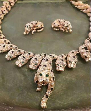 豹的耳環項鍊組