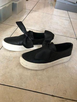 Pull & bear slip on shoes