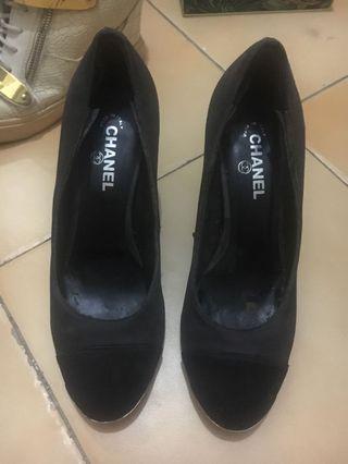 Chanel heels vintage  unik banget modelnya