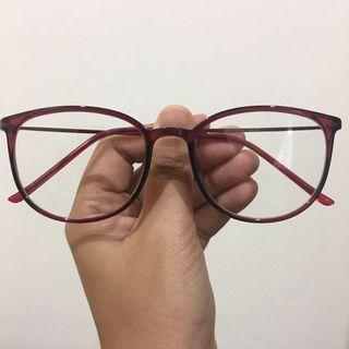 Glasses / spectacles maroon