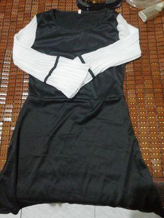 上衣+裙子 #五折出清女裝