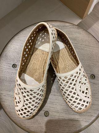 全新 美國買的Tory Burch草編鞋6號(因為太美就買了回家發現差半號)