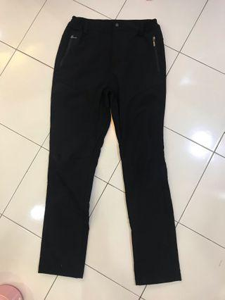 Winter pants, wind proof water resistant black long pants with zip : seluar sejuk