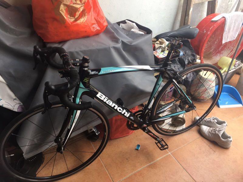 二 手 bianchi  bicycle 單車 碳纖架 10速 $5500