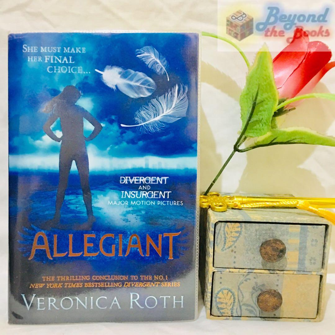 Allegiant (Original UK Edition) + Limited Edition Allegiant Feather Keychain #MrSpeedyCarousell