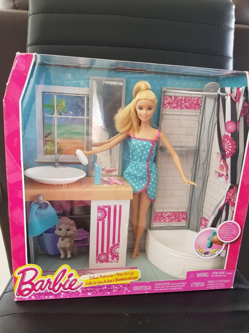Barbie Doll And Deluxe Bathroom Set