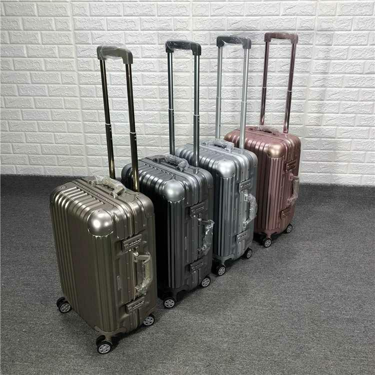 ELLE pairs 20 inch suitcase旅行箱 行李箱