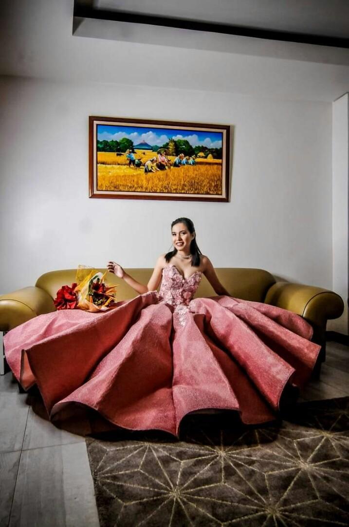 Green image Wedding Debut Photo & Video coverage       look for Arlene Santos 09399214119/6471847