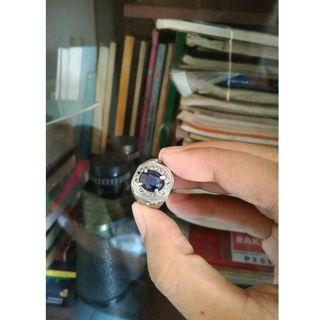 cincin blue safir oval cut