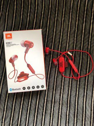 Bluetooth Headset JBL E25BT