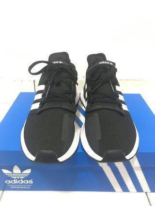 Adidas Path Run