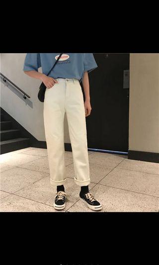 奶油白色直筒褲