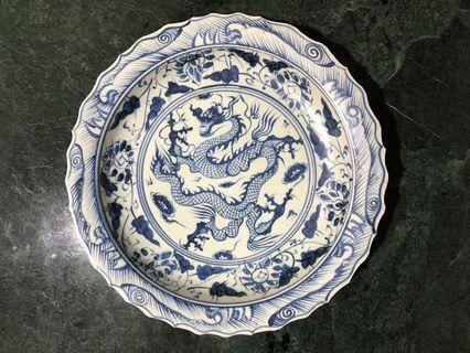 Piring besar antik biru putih motif naga