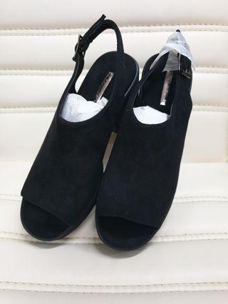 專櫃絨布休閒鞋