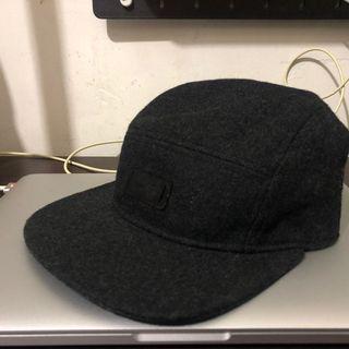 近全新 經典 Nike sb 深灰 羊毛款 五分割帽
