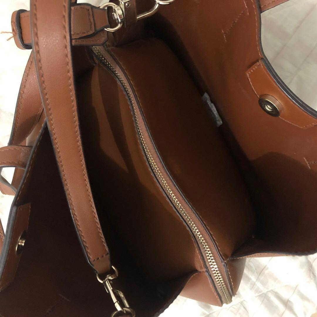 Guess Handbag leather