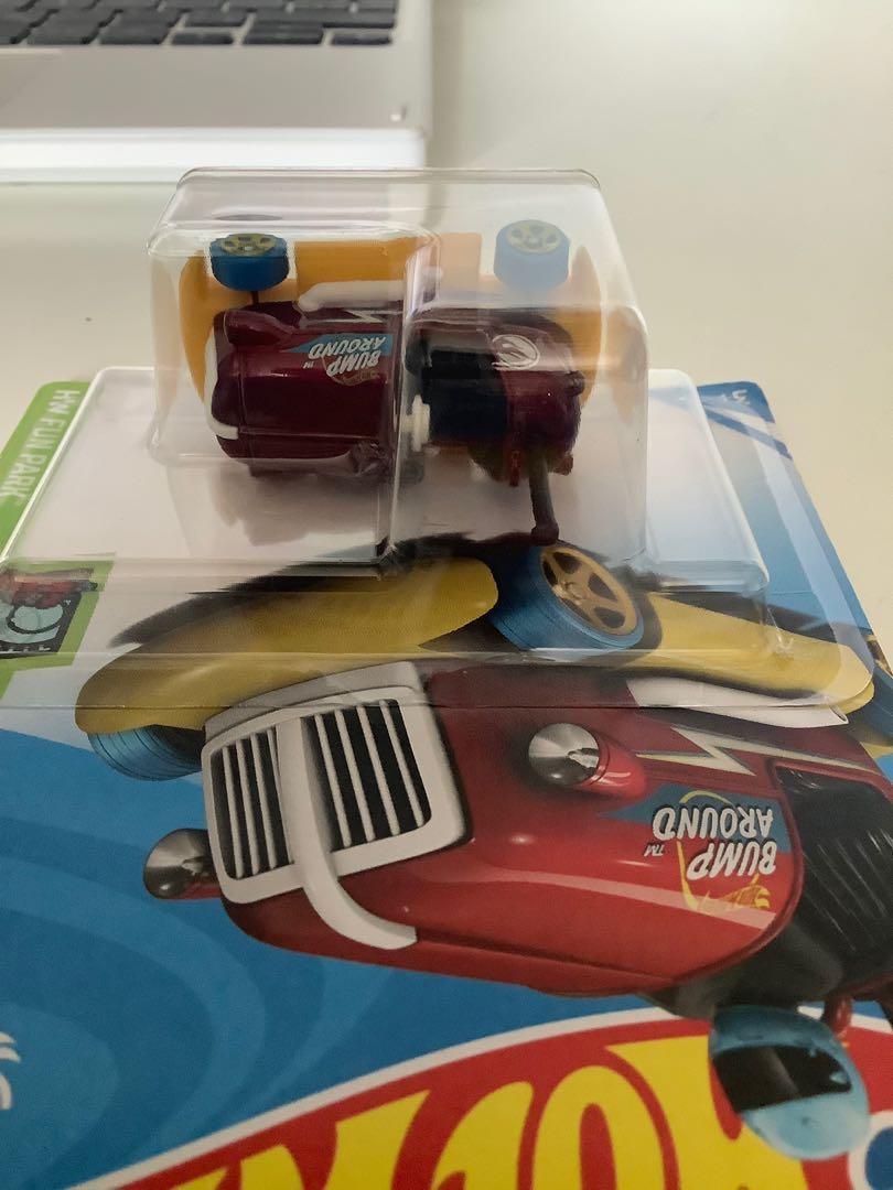 Hot wheels 2017 USA CARD 50 anniversary exclusive bump around