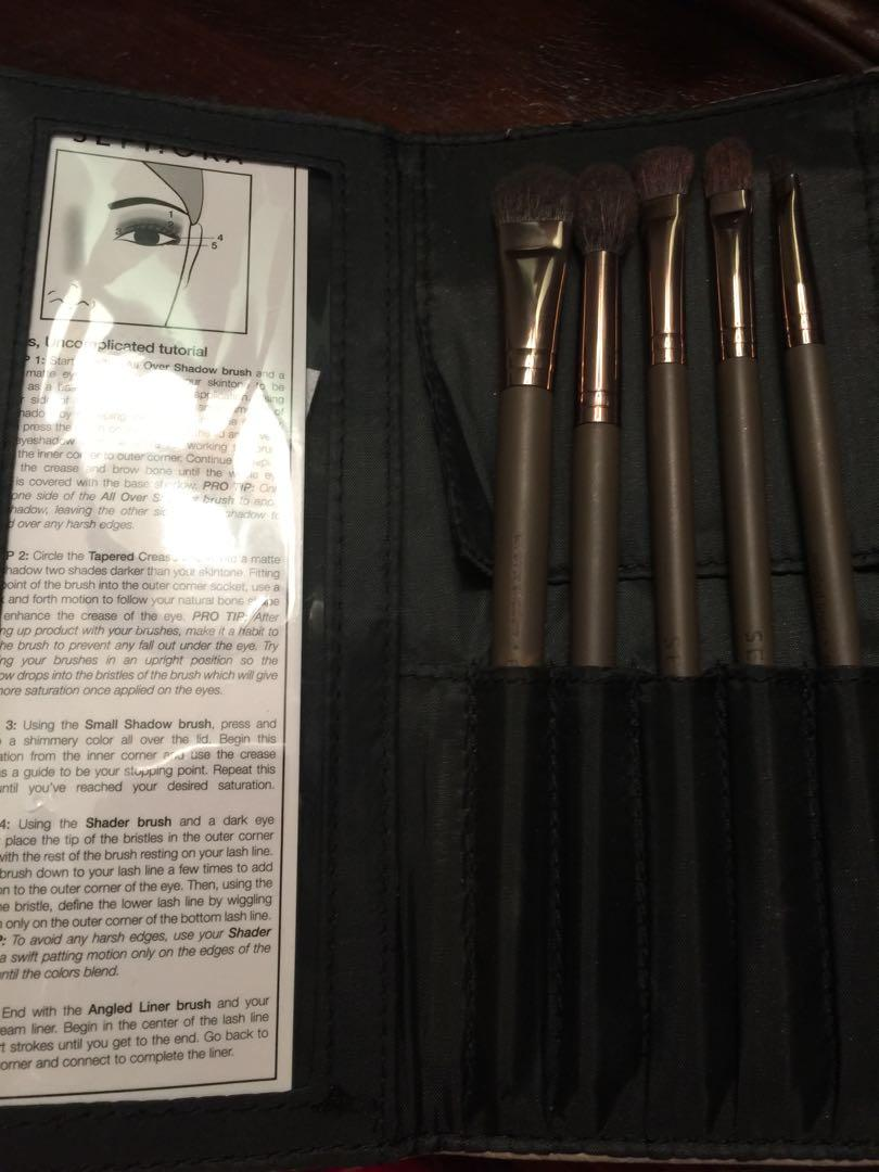 Makeup Brush : Sephora uncomplicated eyes brush collection