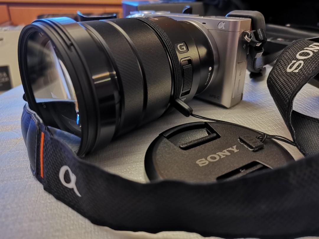 Sony A6000 2 Lensa, 1 Mic External, 3 Battery