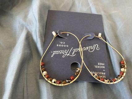 金屬個性耳環
