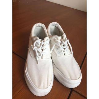 厚底 帆布 小白鞋 白布鞋