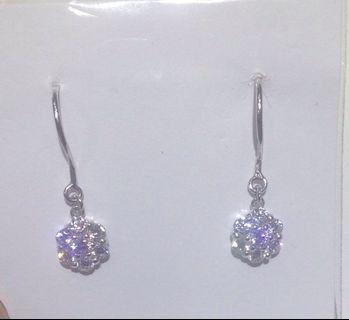 PT950白金珠寶設計鑲嵌鑽耳勾式耳環 超閃CZ鑽鑲嵌 超時尚好看 獨一無二 貴氣時尚 pure platinum diamond earrings