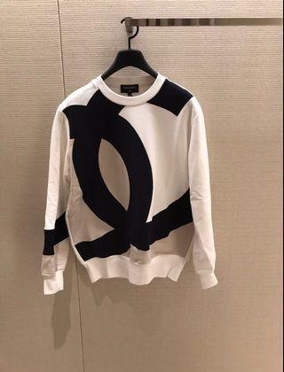 Chanel 限量衛衣大logo