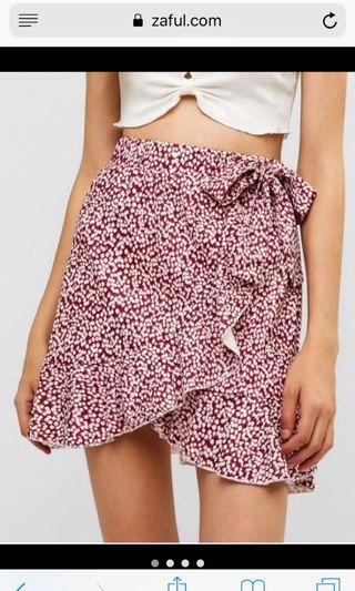 Small ruffle skirt