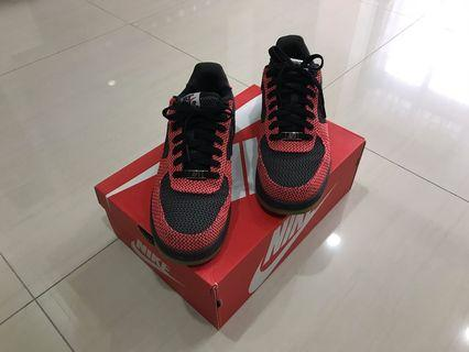 Nike Air Force 1(9.5成新)