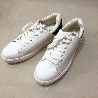 已降價❗️全新 白鞋