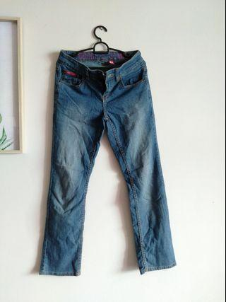 Google Straight cut jeans