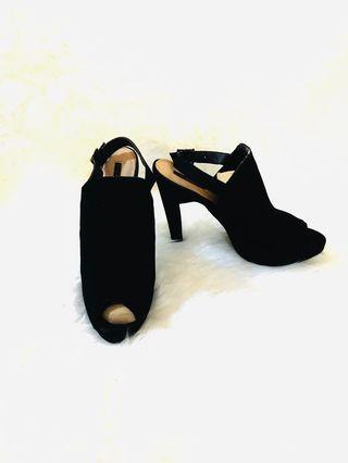 Forever 21 mules black shoes size 39/40