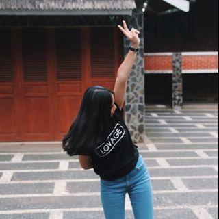 LOVAGE black t-shirt