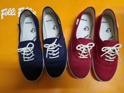 9.5新 小紅鞋 小藍鞋 小白鞋