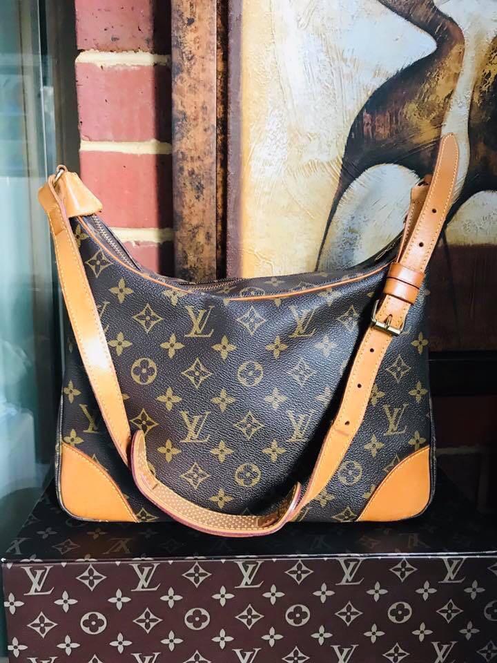 Authentic Vintage Louis Vuitton Boulogne 30 Monogram Leather