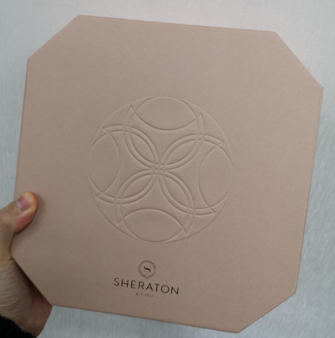 Sheraton喜來登 蛋黃奶黃月餅8 個