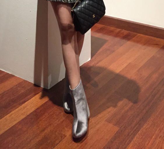Velvet boots (Silver)