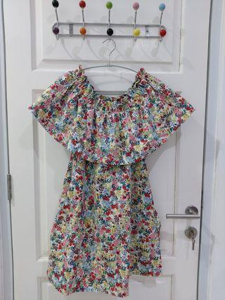 H&M Sabrina Flowery Dress