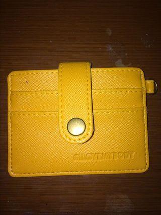 card holder warna kuning