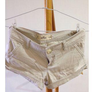 (女)HOLLISTER米白色休閒短褲