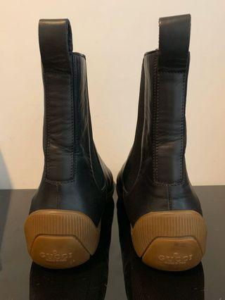 Gucci leather boots women's 37